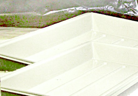 Growerr trays for growing hydroponic herbs